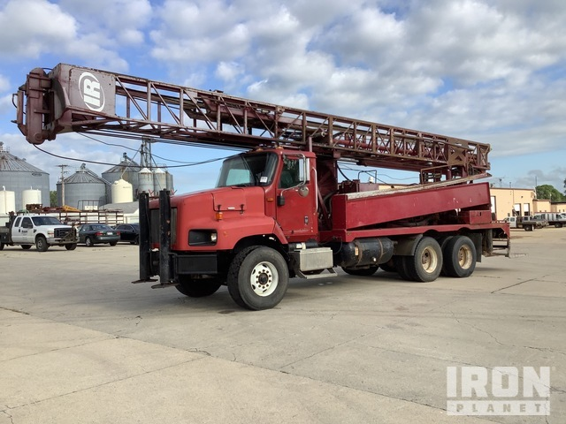 Ingersoll-Rand Drill on 2004 5600i International T/A Truck, Drill Truck