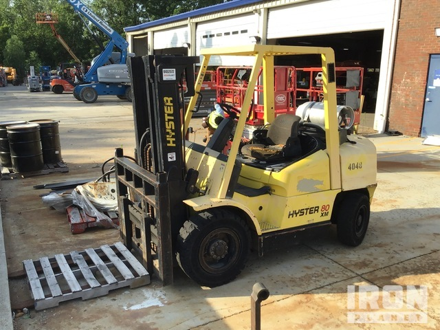 Hyster H80XM 7950 lb Pneumatic Tire Forklift, Parts/Stationary Construction-Other