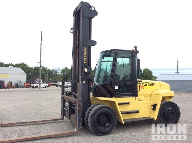 2005 Hyster H250HD 17300 lb Pneumatic Tire Forklift, Forklift