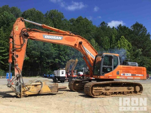 2012 Doosan DX350LC-3 Track Excavator, Hydraulic Excavator