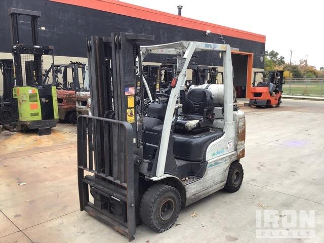 2015 (unverified) UniCarriers AF50 4,100 lb Pneumatic Tire Forklift, Forklift