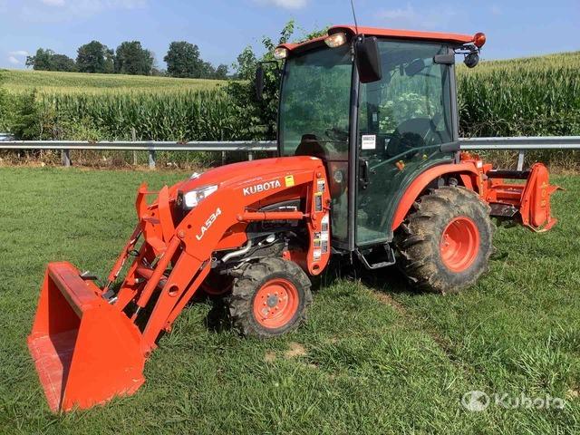 2018 Kubota B2650HSD 4WD Tractor, MFWD Tractor