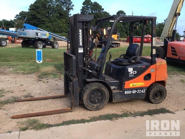2013 (unverified) Doosan D30S-5 Pneumatic Tire Forklift, Forklift