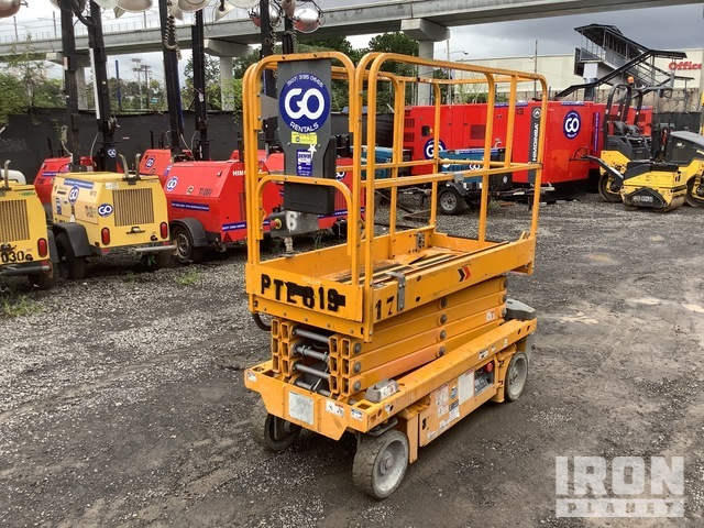 2016 Haulotte Optimum 8AC 25 ft 5 in. Electric Scissor Lift, Scissorlift
