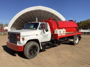 Vacuum Tanker Trucks