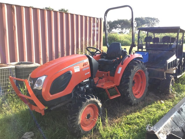 2017 Kioti DK55 4WD Tractor, Parts/Stationary Construction-Other