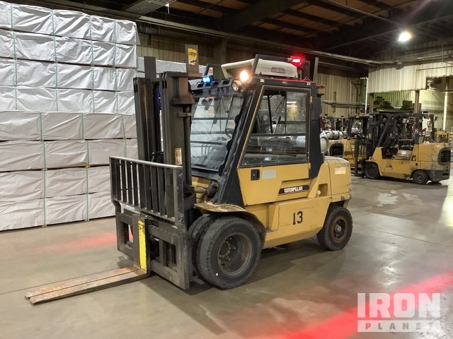 2003 Cat GP40KL Pneumatic Tire Forklift, Parts/Stationary Construction-Other