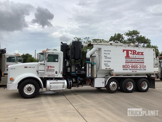 Hydro-Excavation Body on 2012 Peterbilt 367 8x4 Tri/A Truck, Hydro Vac Truck
