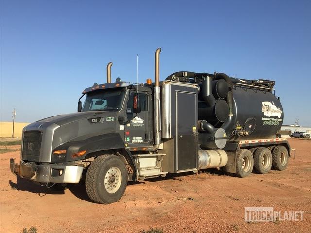 Kaiser CV-200 Hydro-Excavator on 2015 Cat CT660 8x6 Tri/A Truck, Hydro Vac Truck