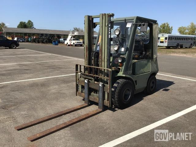Still DFG 2/4002 Pneumatic Tire Forklift, Forklift