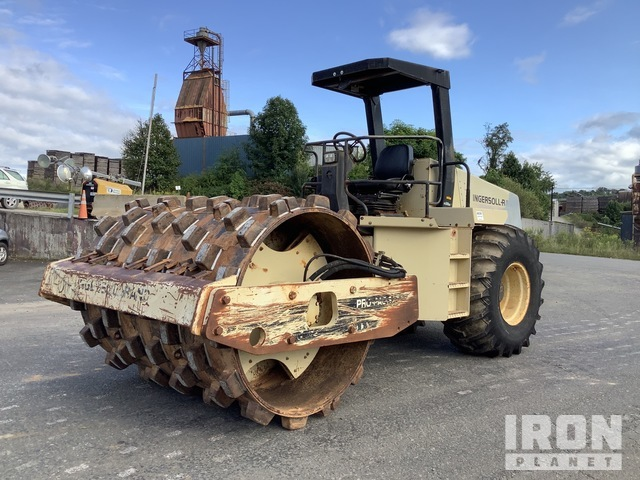 Ingersoll-Rand SD-110D PRO PAC Vibratory Single Drum Compactor, Vibratory Padfoot Compactor
