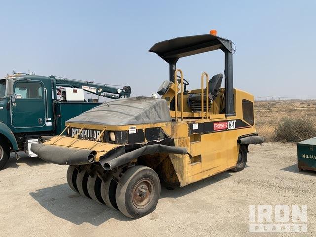 Cat PS200B 9 Wheel Pneumatic Roller, Roller