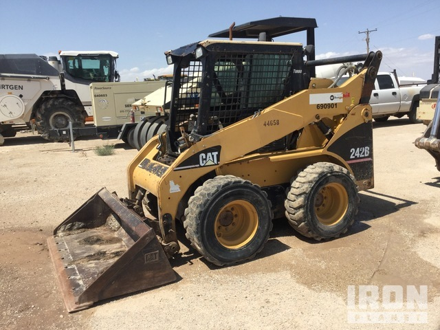 2007 (unverified) Cat 242B Skid Steer Loader, Parts/Stationary Construction-Other