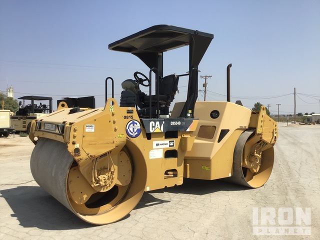 2007 Cat CB534D XW Vibratory Double Drum Roller, Roller