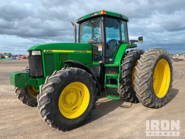 1999 John Deere 7810 4WD Tractor, MFWD Tractor
