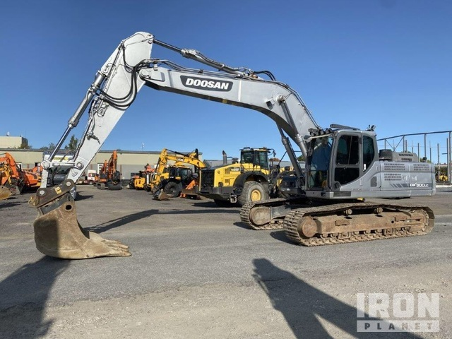 2013 Doosan DX300LC-3 Track Excavator, Hydraulic Excavator
