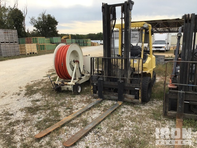 Hyster H80XM 5000 lb. Pneumatic Tire Forklift, Parts/Stationary Construction-Other
