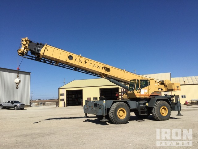 1990 Grove RT740B 4x4 Rough Terrain Crane, Rough Terrain Crane