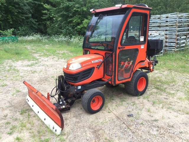 2014 (unverified) Kubota BX2670 4WD Utility Tractor, Utility Tractor