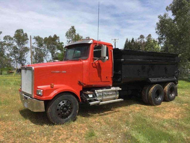 1999 Western Star 4964FX T/A Dump Truck
