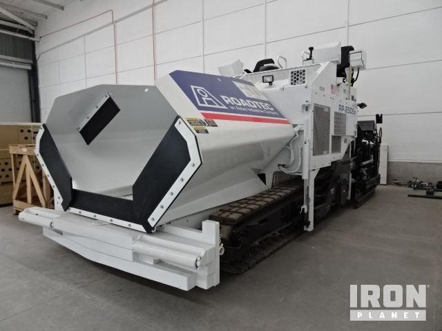 2015 Roadtec RP2505 Track Asphalt Paver - Unused, Asphalt Paver