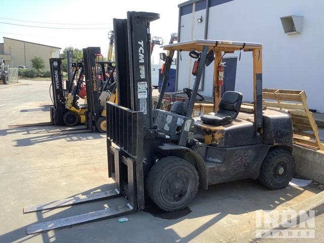 TCM FHG36Z2 8000 lb Pneumatic Tire Forklift, Parts/Stationary Construction-Other