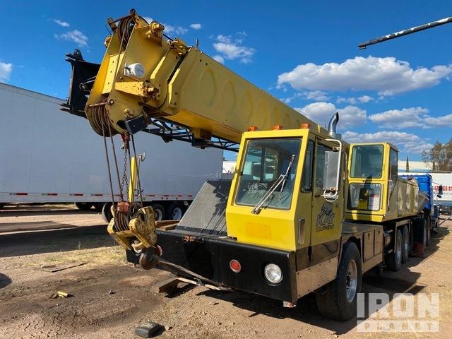 1982 (unverified) FMC HTC-25 Hydraulic Truck Crane, Hydraulic Truck Crane