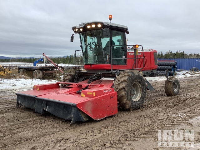 2015 (unverified) Massey Ferguson Hesston WR9760 13 ft Swather/Windrower, Swather