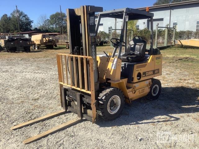 Clark GPX25CE Cushion Tire Forklift, Forklift