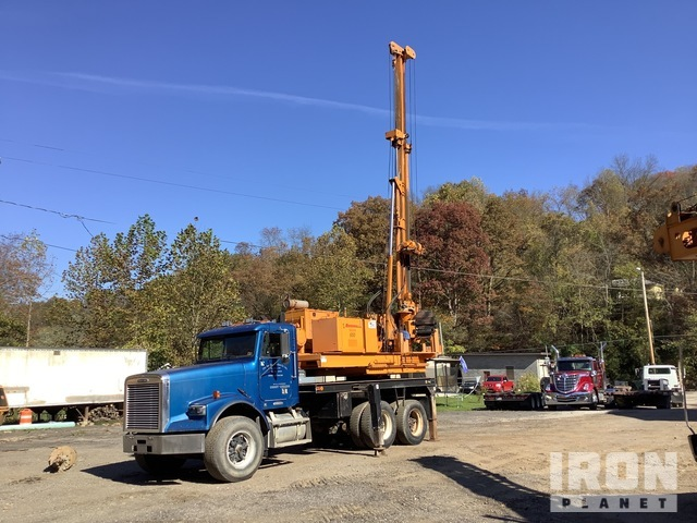 Reedrill Texoma 650 Drill on 1997 Freightliner FLD120 T/A Truck, Drill Truck