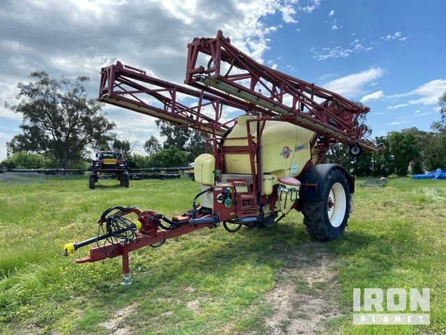 2005 Hardi Commander S 6028 90 ft Tow Behind Sprayer, Sprayer Trailer