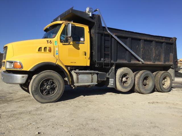 1997 Ford Louisville 8x4 Tri/A Dump Truck