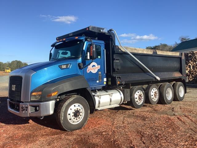 2013 Cat CT660S 10x4 Quad/A Dump Truck