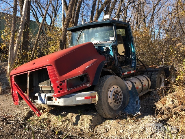 1995 Ford LTA9000 6x4 T/A Day Cab Truck Tractor, Parts/Stationary Construction-Other