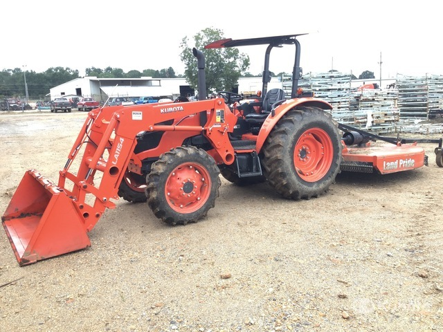 Kubota M7060D 4WD Tractor, MFWD Tractor