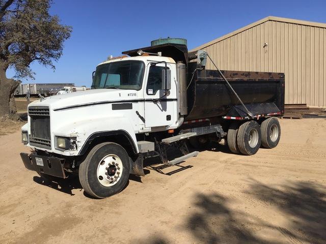 2004 Mack CH613 T/A Dump Truck