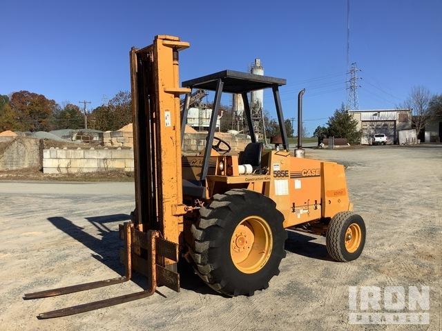 Case 585E 5000 lb Rough Terrain Forklift, Rough Terrain Forklift