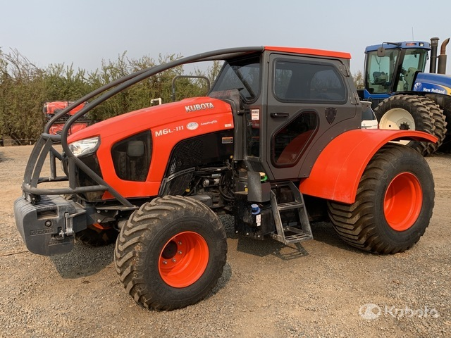 2019 (unverified) Kubota M6S111D 4WD Tractor, MFWD Tractor