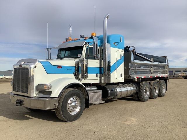 2013 Peterbilt 367 Tri/A Dump Truck