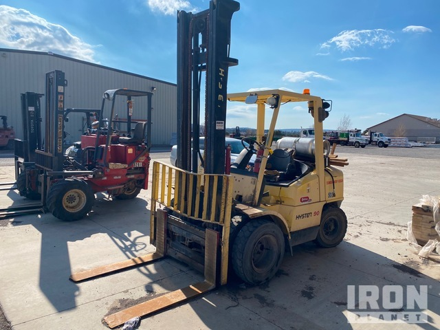 Hyster H90XMS 8500 lb Pneumatic Tire Forklift, Parts/Stationary Construction-Other