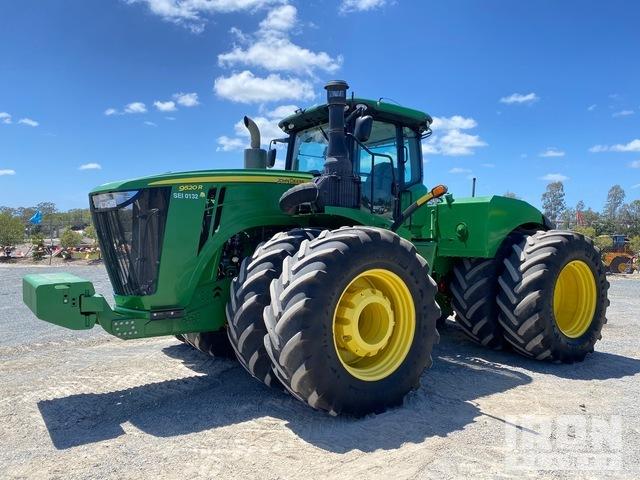 2015 John Deere 9520R Articulated Tractor, 4WD Tractor