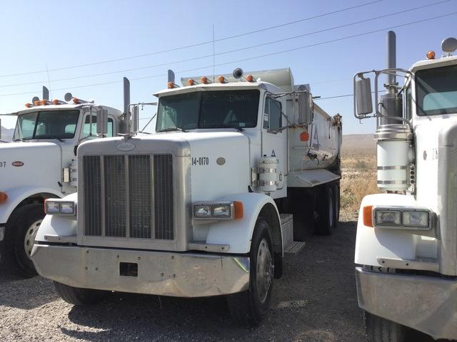 1999 Peterbilt 378 Tri/A Dump Truck