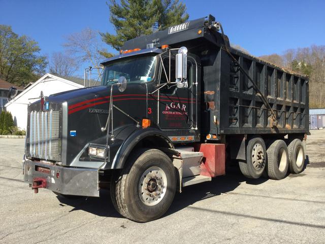 2003 Kenworth T800 Tri/A Dump Truck