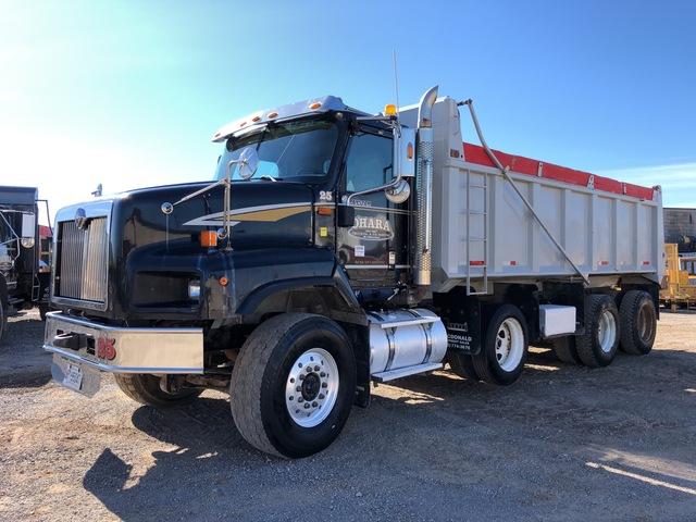 2008 International 5600i 6x4 Tri/A Dump Truck