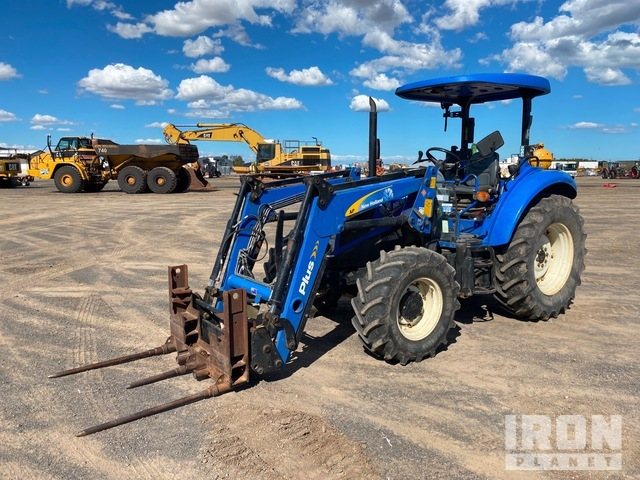 2014 New Holland T4.75 4WD Tractor, MFWD Tractor