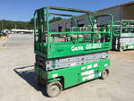 Click image for details on this 2006 Genie GS-2032 Electric Scissor Lift