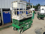 Click image for details on this 2005 Genie GS-1930 Electric Scissor Lift
