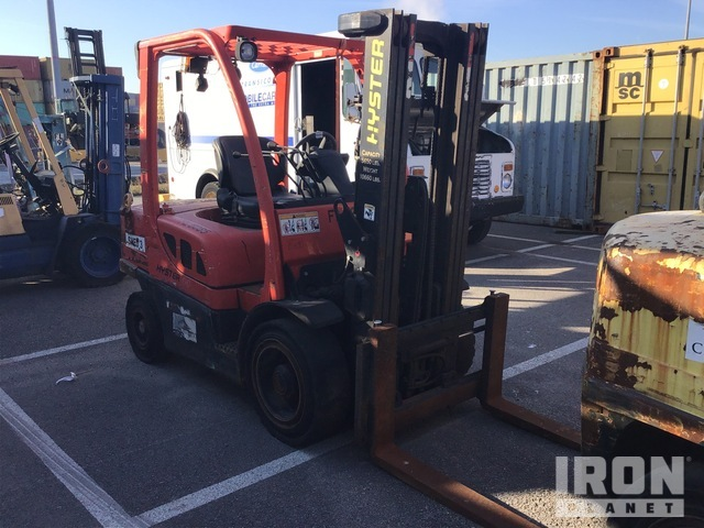 2006 (unverified) Hyster H60FT 5700 lb Pneumatic Tire Forklift, Parts/Stationary Construction-Other