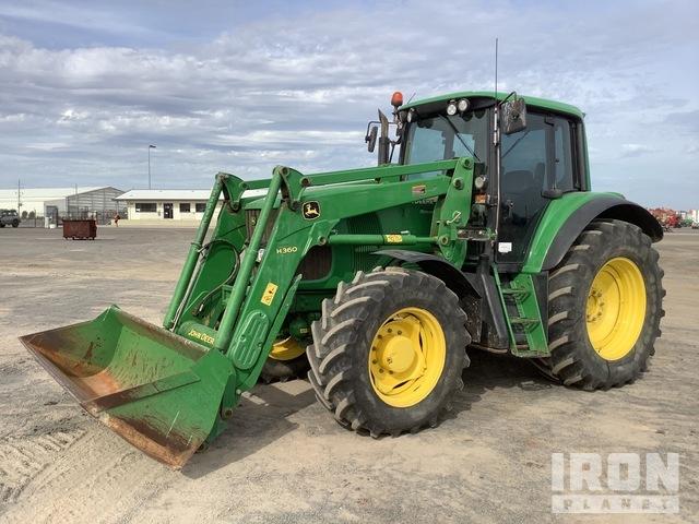 John Deere 6920 4WD Tractor, MFWD Tractor