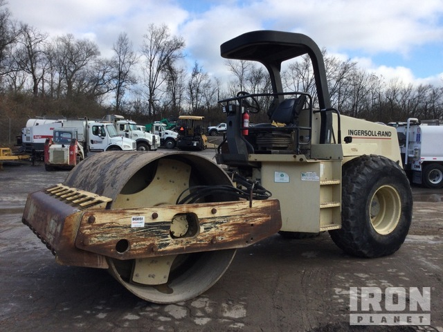 Ingersoll-Rand SD-100D Pro Pac Vibratory Single Drum Compactor, Vibratory Padfoot Compactor